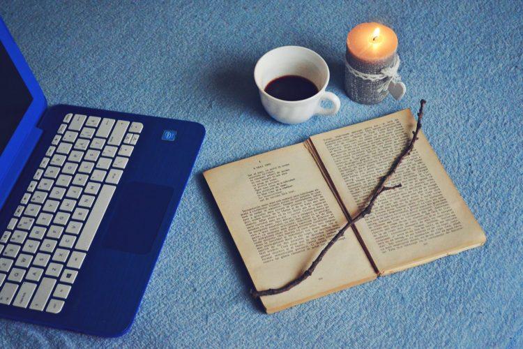De Seară: Poeziile Lui Blaga închinate Nopţii  | Lauda Somnului